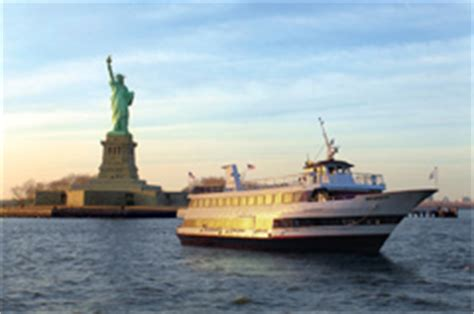 liberty state park boat r all nyc yachts