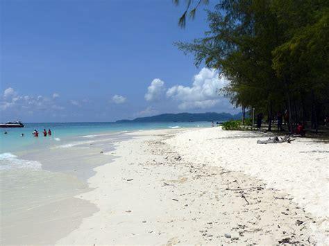 Tropical Beach Theme - ko phai island in thailand thousand wonders