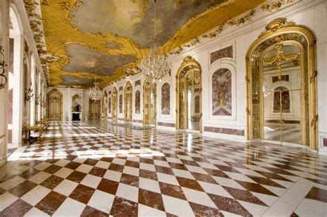 Advantages and Disadvantages of Marble Flooring