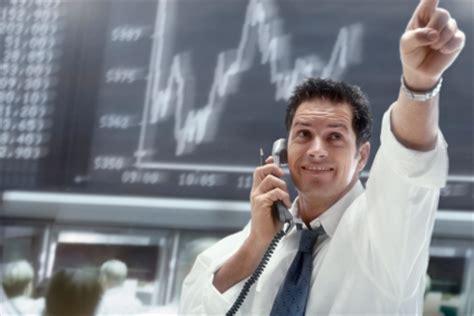 financial analyst description career as a financial analyst salary employment