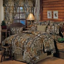 Camouflage Home Decor by Realtree R Rustic Camo Comforter Bedding