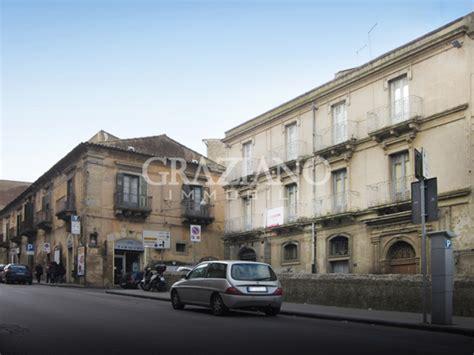 appartamento in affitto catania appartamento in affitto a caltagirone catania via roma