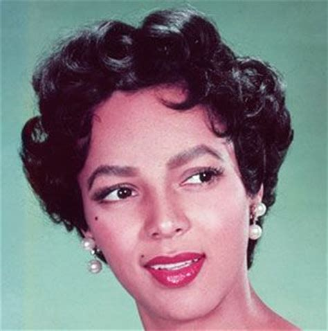 1950 italian hairstyles dorothy dandridge with the popular italian cut hairstyle