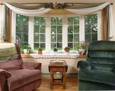 window treatments for bow window 25 best ideas about bow windows on bay window exterior shingle siding and shingles