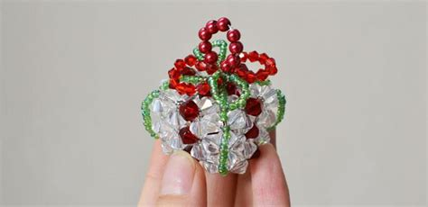 beaded christmas ornament to make handmade christmas