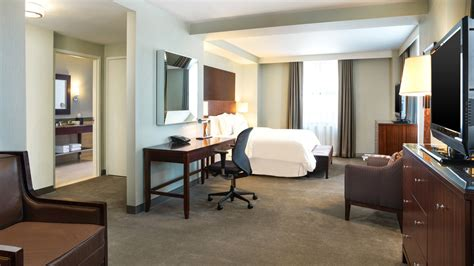 book hotel rooms detroit mi hotel room the westin book cadillac detroit