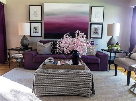 dekorasi interior warna ungu hadirkan suasana ruang