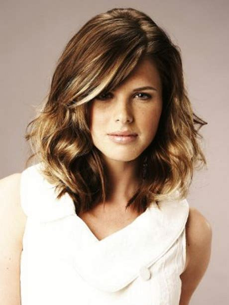hairstyle for below the shoulder 2015 shoulder length hairstyles