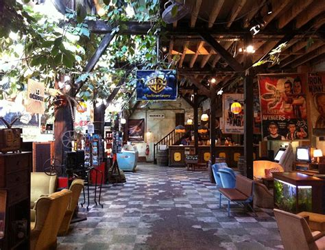Comptoir Generale by 5 Awesome Underground Hangouts In City Nomads