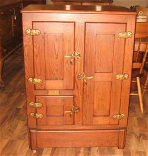 armoire antique a vendre une armoire a glace glaci 232 re meuble personne miroir