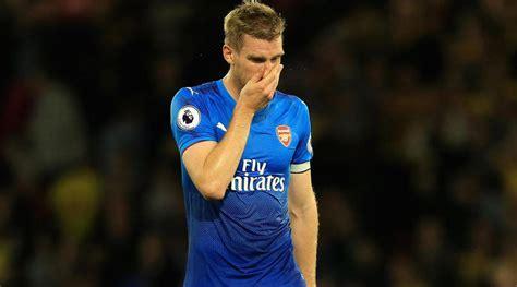 arsenal captain 2017 per mertesacker arsenal should have been woken up