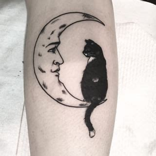 cat tattoo with moon cat and moon tattoo google haku still deciding between