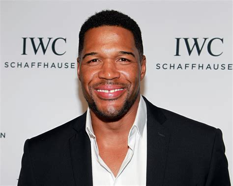 michael strahan news page 3 people michael strahan leaving daytime s live for gma the