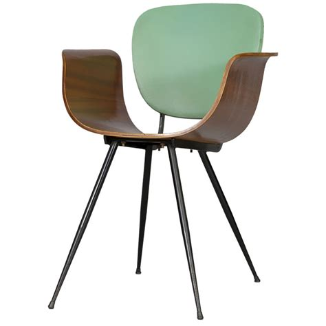 Real Chair Real Dorica Pair Of Italian Bent Wood Chairs By Real