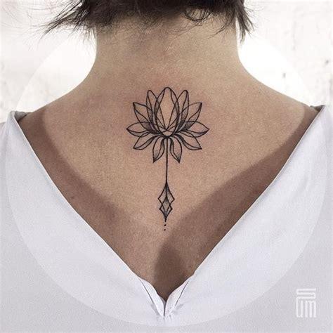fiore di loto maori meravigliosi tatuaggi coi fiori di loto foto e