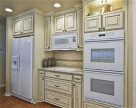 white kitchen cabinets white appliances white appliances with shades of white cabinets