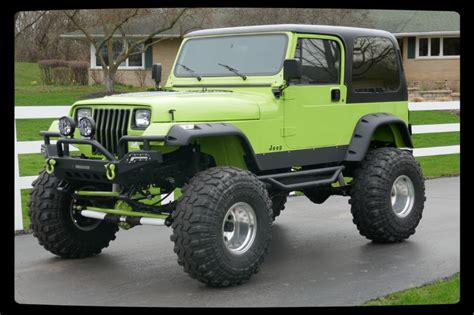 Big Lifted Jeeps 1993 Jeep Wrangler 4x4 Yj Grave Digger Jr Lifted Big