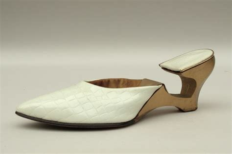 Fashionalities Perspective by Patent Fashions Perugia S Cut Out Wedge D119397