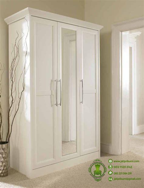 Lemari Baju Warna Putih lemari baju minimalis pintu 3 putih jati pribumi