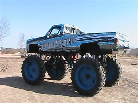 blown mud truck labor day 2010 116 best images about mud trucks on