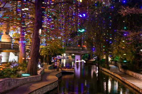 San Antonio Makes Natgeo List For Best Winter Escapes San Antonio Lights 2014