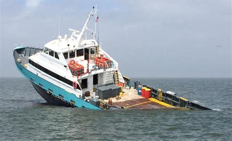 edge offshore boats crewboat sinks in gulf of mexico after collision with