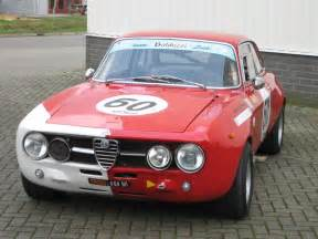 Alfa Romeo 1750 Gt Veloce Alfa Romeo 1750 Gt Veloce Photos And Comments Www