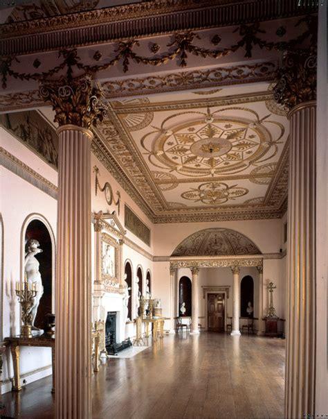 syon house interieur julian fellowes diz white