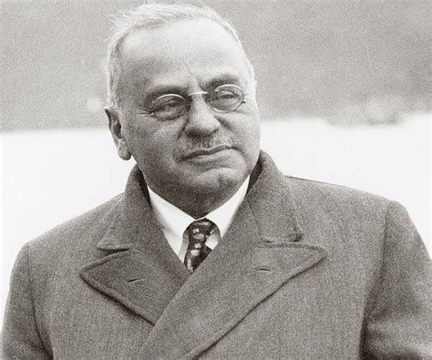 biography for famous person alfred adler biography childhood life achievements