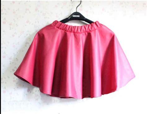 light pink faux leather elastic waist mini skater