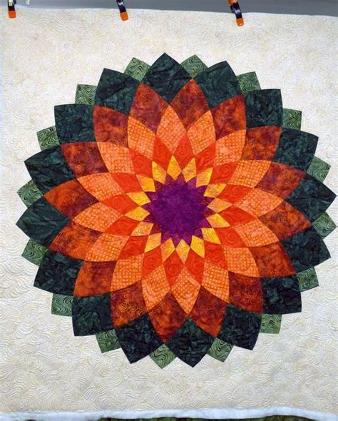 Dahlia Quilts by The World S Catalog Of Ideas