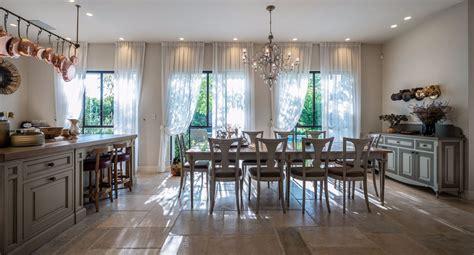 Incroyable Deco Salle A Manger Rustique #1: design-deco-rustique-maison-de-charme.jpg