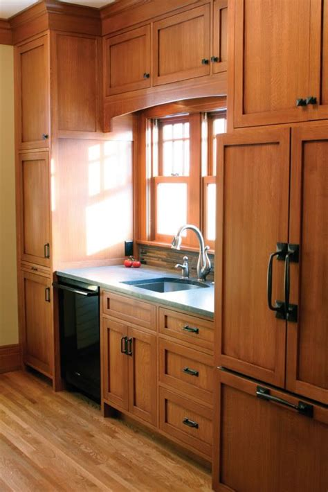 hardware for oak kitchen cabinets oak cabinet kitchen oak cabinets and hardware on pinterest