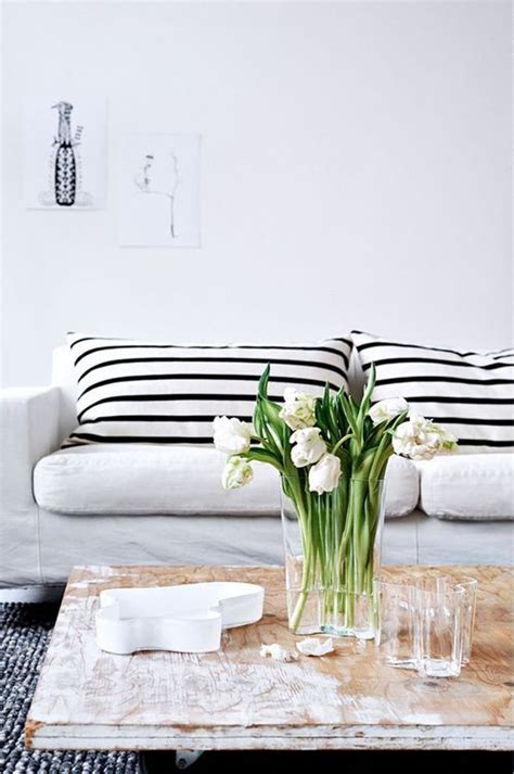 black and white striped living room best 25 striped ideas on cottage style living room striped sofa and black