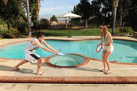 usa pool bouncing pad game