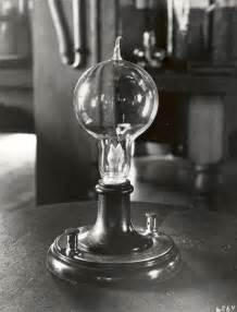 if edison didn t invent the light bulb what did he