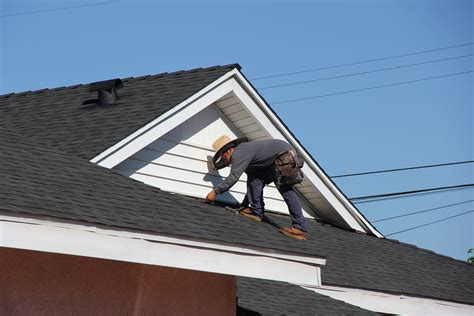 find  good roofing company  residential roofing