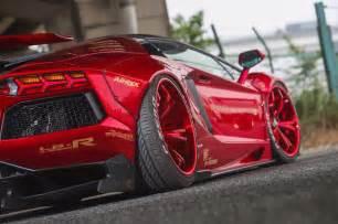 Features Of Lamborghini Aventador Lamborghini Aventador Gets Liberty Walk Treatment Image 523378