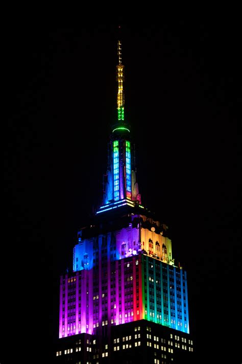 empire state building lights the empire state building debuts new antenna lights with a