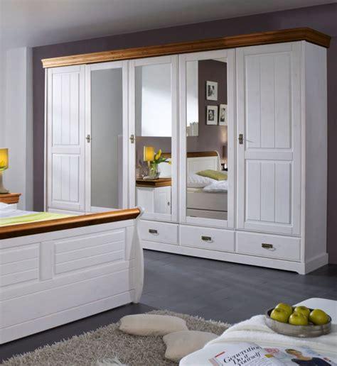 schlafzimmer komplett kiefer komplett schlafzimmer kiefer weiss honig ohne
