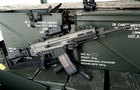Tactical Resleting Khusus Team cz 805 bren obos cz support team weapons 1980