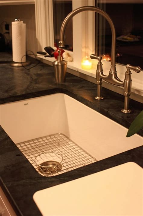 fireclay undermount kitchen 134 best rohl faucets images on pinterest