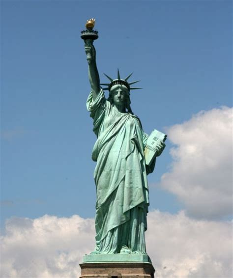 statue of liberty copper color what a and the statue of liberty in common