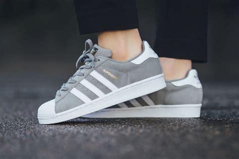 Adidas Superstar Cowok Premium White 1 adidas superstar suede solid grey sneaker hypebeast