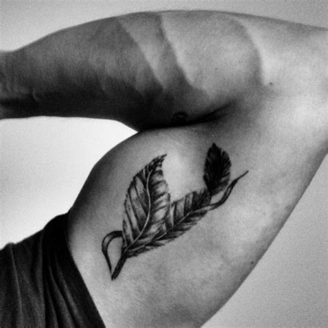 feather tattoo zac efron 25 best tatuajes de plumas images on pinterest feather