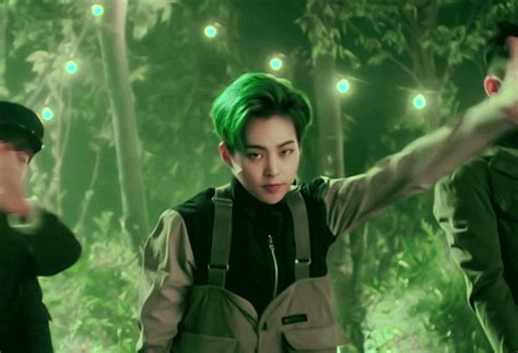 Exo Green by Xiumin S Hairstyle Appreciation Post Exo 엑소 Amino