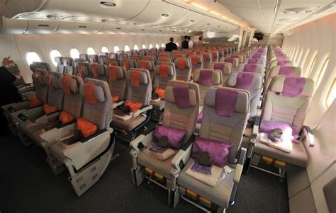 emirates airlines economy class emirates business class flights emirates first class flights