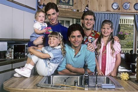 the cast of full house return of the tanners the things we would blog