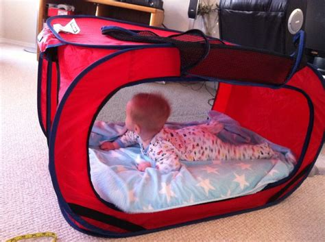 baby travel bed make your own baby travel bed life hacks pinterest
