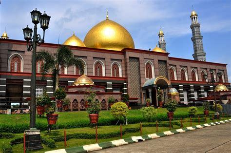 Di Indonesia inilah 10 masjid terindah di indonesia klikhotel